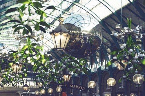 Apple Market Covent Garden - Christmas Tour | Unexpected London